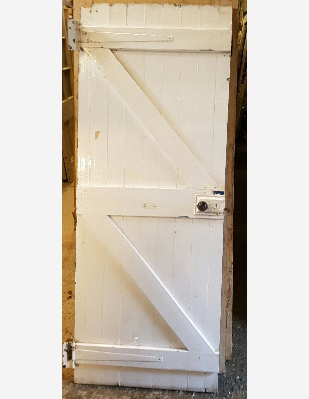 570 - Period ledged and brace cottage door