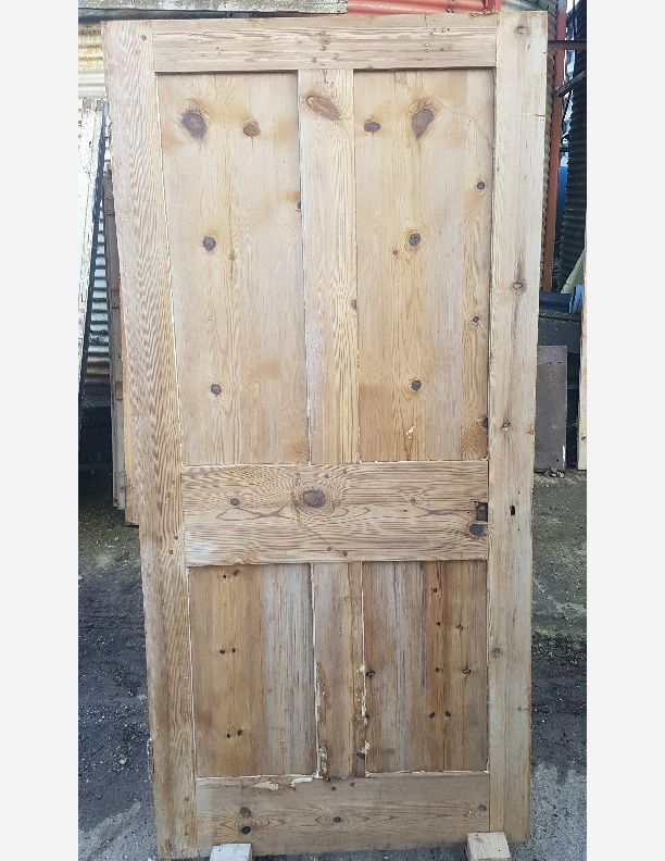 1257 - Victorian 4 panel shaker style door 37 x 76 1/2 x 2
