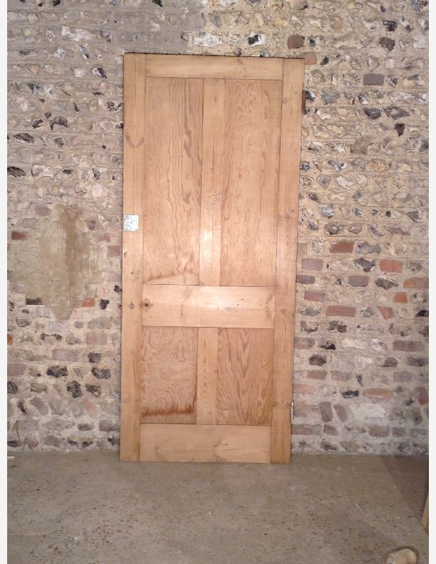 P489 A Victorian 4 Panel Internal Shaker Style Door By