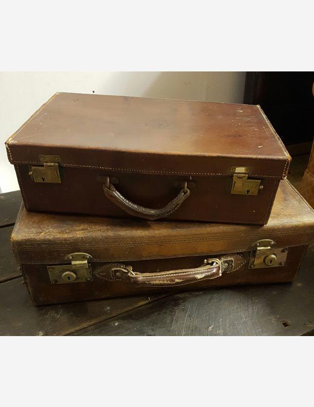 1211 - Vintage cases