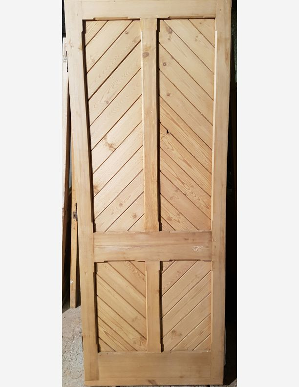 1225 - Victorian stripped pine door with stop chamfer 80 x 31 1/2