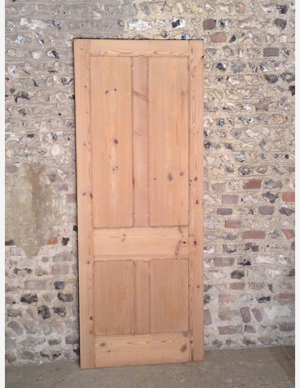 462 - A Gothic style 4 panel internal door