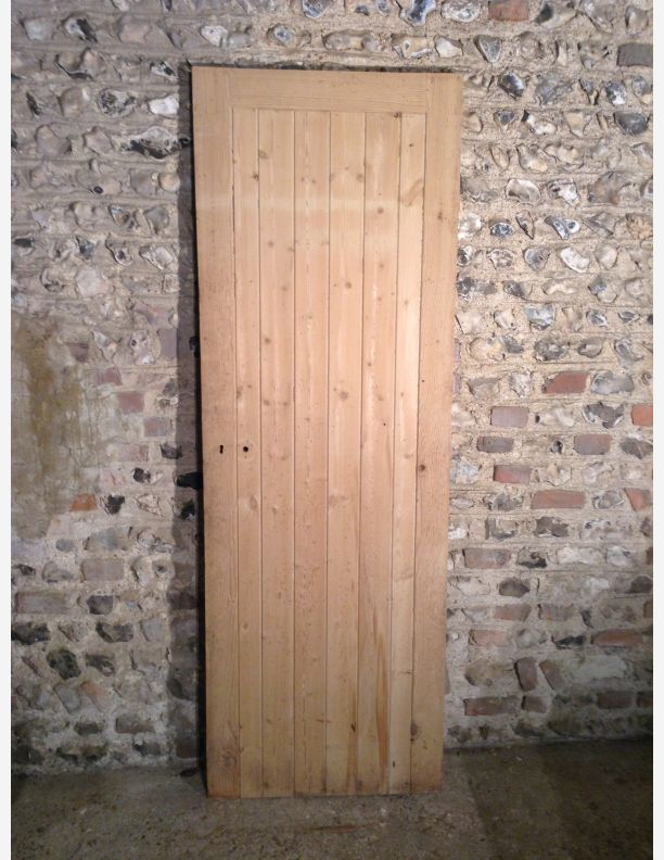 790 - framed ledge and brace door